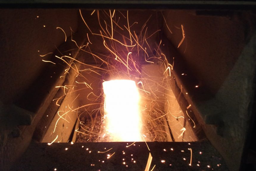 Защо да изберем отопление с пелетна камина?